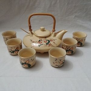 Vintage Japanese Teapot & 6 Teacups / Sake Set